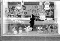 RUSH ST. ST. JAMES, MICHIGAN AVE. MANNEQUINS, HALLOWEEN, SELFIES 1975_31